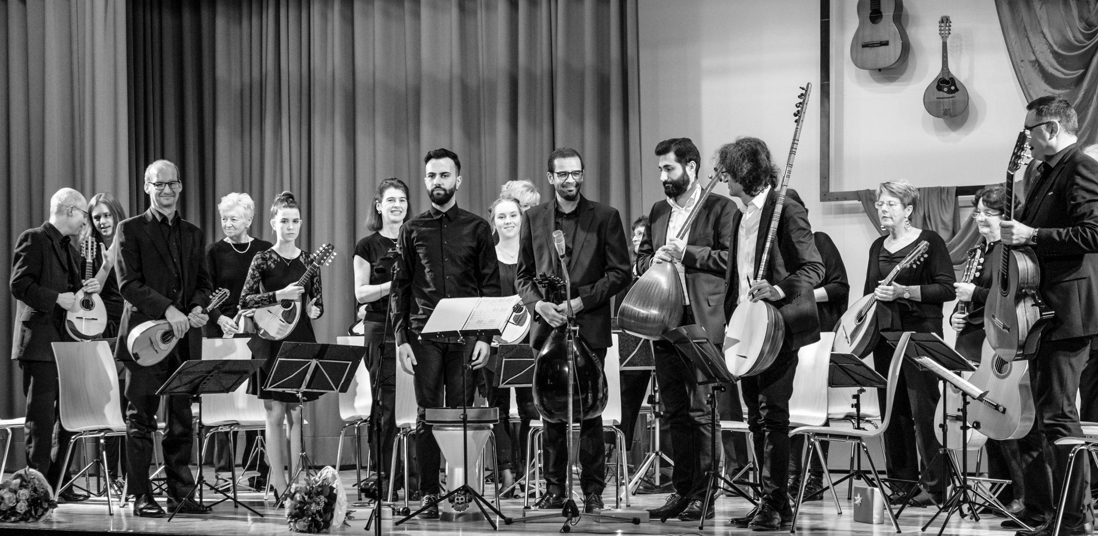 Mandolinata Mannheim und Orientalische Musikakademie Mannheim im Konzert in der Kulturhalle Feudenheim am 26.11.2017